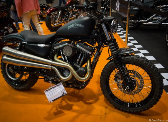 Harley Davidson Kit Scrambler sur XL883N, Black Denim