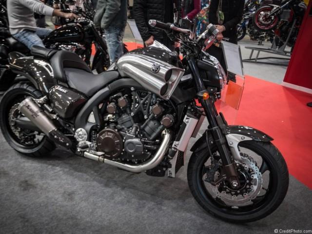 Yamaha VMAX 1700 Carbone