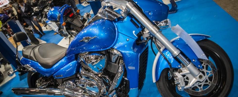 LeSuzuki Intruder M1800R Avec l'Intruder M1800R, faites une incursion remarquée dans l'univers sophistiqué des customs bikes. Propulsée par un spectaculaire V-twin de 1783 cm3, l'Intruder M1800R ne vous laissera jamais en manque de sensations (son moteur se singularise par des pistons de 112 mm de diamètre, les plus gros du […]